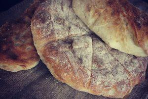 bread-433995_640